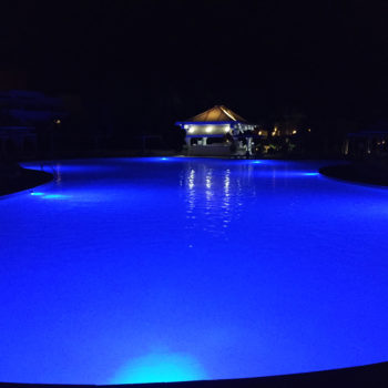 LED POOL AND SPA LIGHT–BLUE–SURFACE MOUNT–FREE DELIVERY